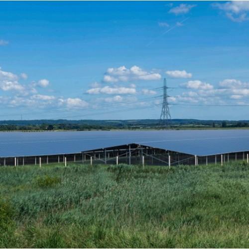 Великобритания готова реализовать солнечную станцию на 880 тыс. солнечных панелей