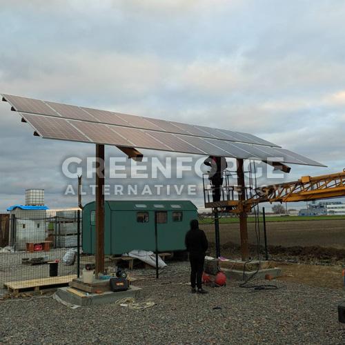 Автономная солнечная станция 5 кВт. на строительной площадке.